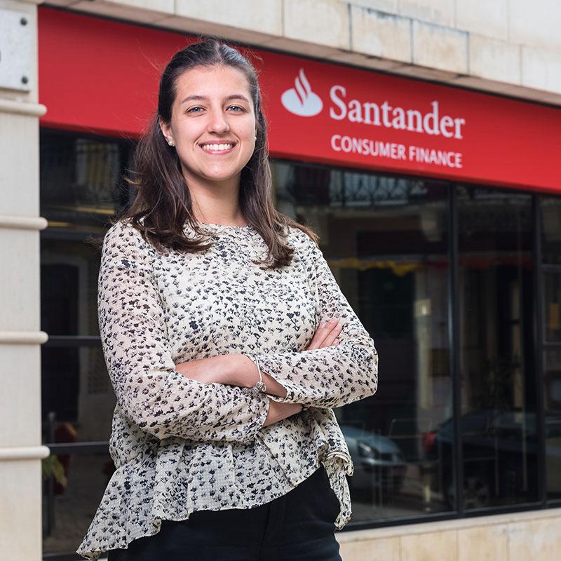 """<a href=""""https://pullup.pt/works/santander/"""">Santander</a>"""